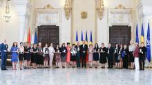 Personalităţi şi instituţii de învăţământ din străinătate, decorate de preşedintele Iohannis